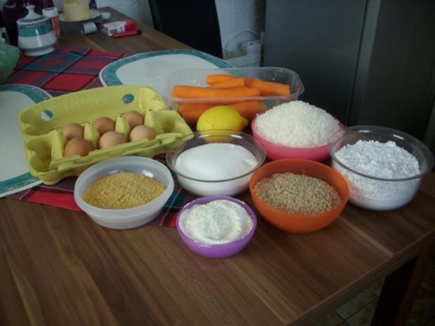 Möhren-Kokoskuchen - Rezept