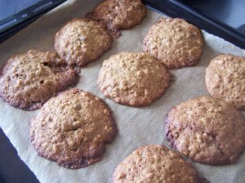 Rezept: Bananen-Cookies mit Rosinen und Mandeln
