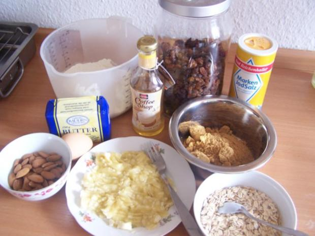 Bananen-Cookies mit Rosinen und Mandeln - Rezept - Bild Nr. 2