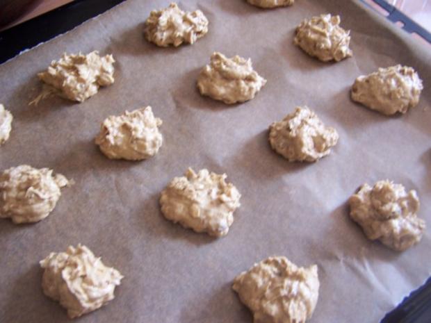 Bananen-Cookies mit Rosinen und Mandeln - Rezept - Bild Nr. 3