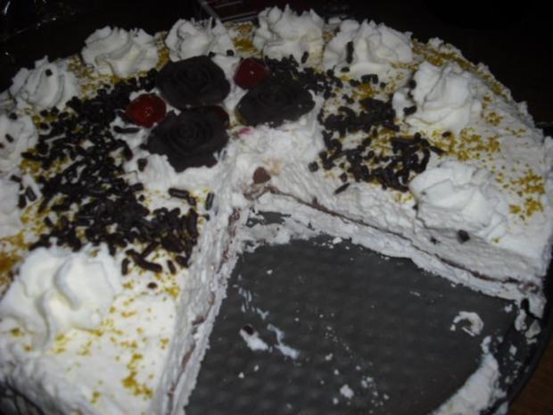 Sahne-Baiser Torte - Rezept - Bild Nr. 2