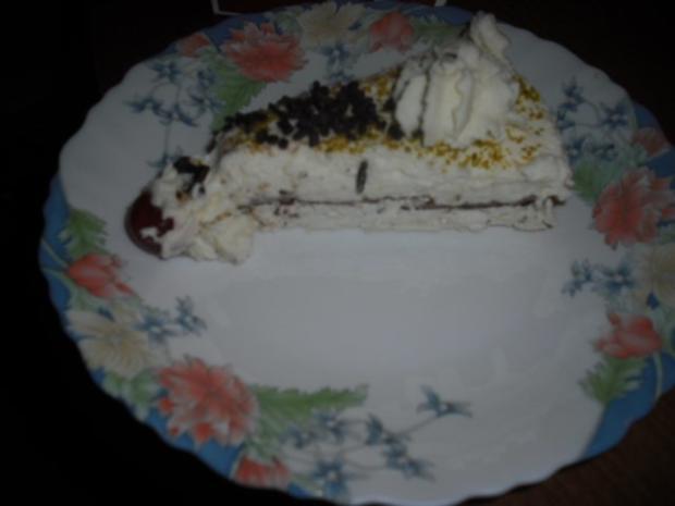 Sahne-Baiser Torte - Rezept - Bild Nr. 3