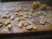 Csipetke - gezupfte Nudeln - Rezept