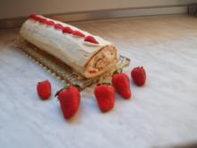 Erdbeer-Sahne-Rolle - Rezept