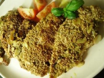 Basilikum Minutenschnitzel von der Hähnchenbrust in Sesam-Mandelpanade - Rezept