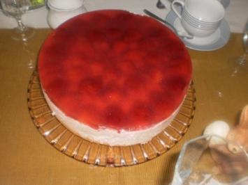 Quark-Torte mit Erdbeeren - Rezept
