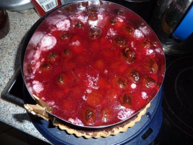 Torten: Erdbeertorte mit Pfefferminze - Rezept - Bild Nr. 9