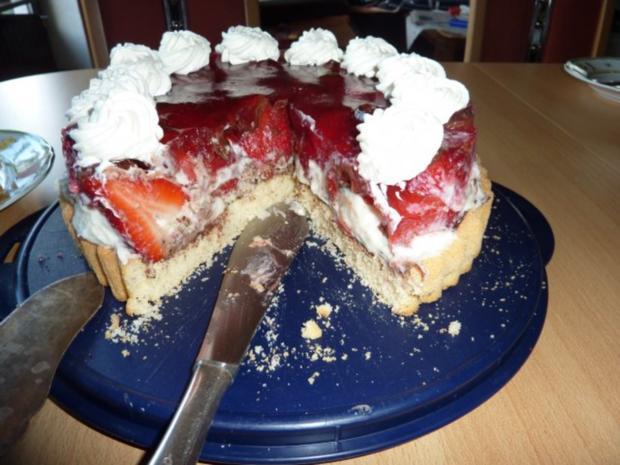 Torten: Erdbeertorte mit Pfefferminze - Rezept - Bild Nr. 12