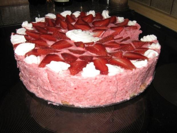 Erdbeer Sahnebaiser Torte Rezept Mit Bild Kochbar De
