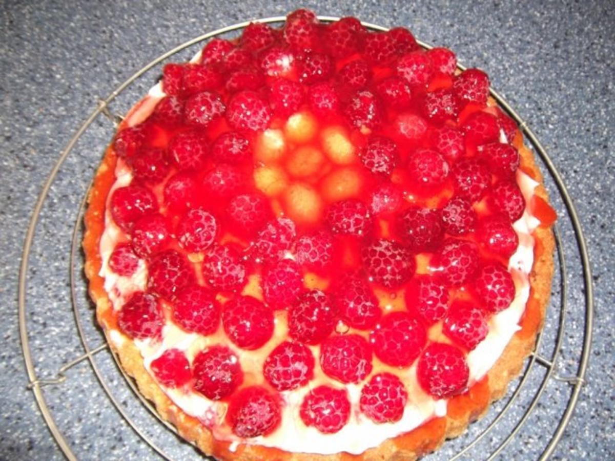 Himbeer philadelphia torte mit keksboden