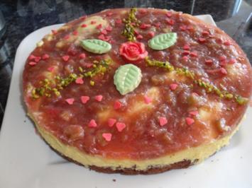 Rhabarber-Eierlikör-Torte - Rezept