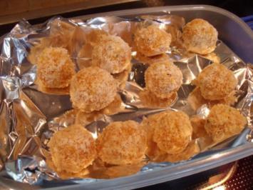 Aprikosenkugeln; fruchtige Pralinen oder Energiekugeln - Rezept