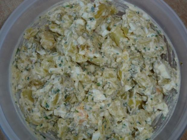 Kartoffelsalat nach Großmutters Art mit Forellenfilets - Rezept - Bild Nr. 2