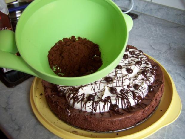 Mousse-au-Cappuccino-Torte nach Dr. Oetker - Rezept - Bild Nr. 15