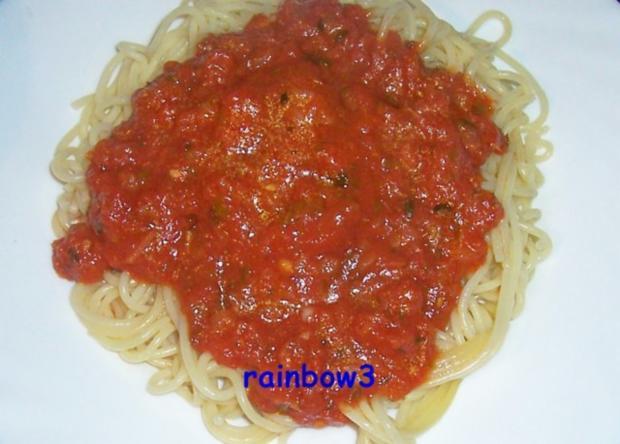 Kochen: Spaghetti mit Tomaten-Kräuter-Sauce - Rezept - Bild Nr. 2