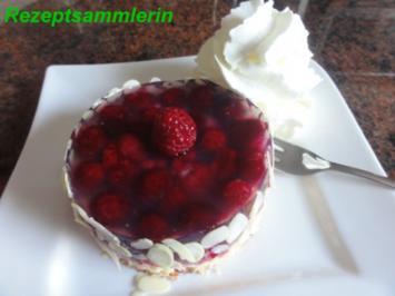 Biskuit:   HIMBEER + MANDARINEN TÖRTCHEN - Rezept