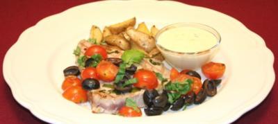 Tunfischsteak auf italienische Art mit Rosmarin-Kartoffelecken - Rezept