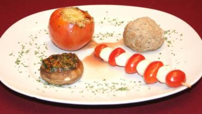 Gefüllte Tomaten, Champignons und Königsberger Klopse - Rezept