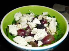 Salat mit Ziegenkäse und Trauben - Rezept