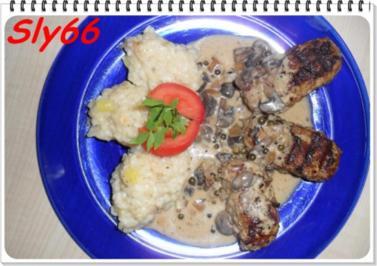 Fleischgerichte:Hackröllchen mit Pfeffer-Champignonsoße - Rezept