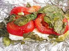 Gegrillter Schafskäse mit Tomaten und Bärlauch Päckchen - Rezept