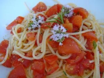 Spaghetti zu Tomatensalsa - Rezept
