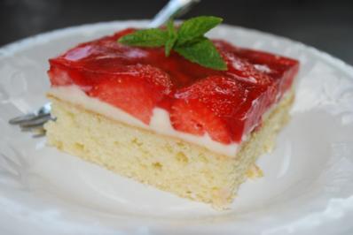 Annis Erdbeer-Schnitten vom Blech - Rezept