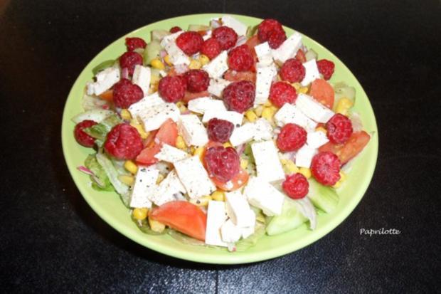 Salat mit Feta und frischen Himbeeren - Rezept - Bild Nr. 4