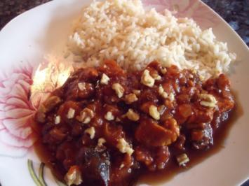 Orientalisch: Hühnchen in Granatapfel-Sauce - Rezept