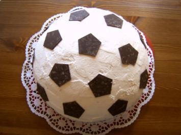 Rezept: Fußballtorte
