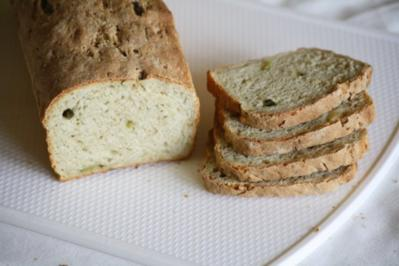 Rezept: Tzaziki-Rosmarin-Brot