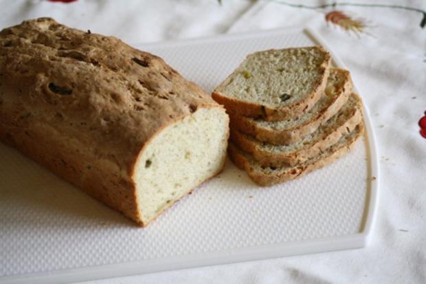 Tzaziki-Rosmarin-Brot - Rezept - Bild Nr. 2