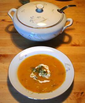 Cremige Kürbissuppe mit Ingwer - Rezept
