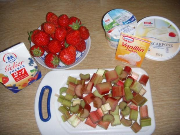 Erdbeer-Rhabarber-Schaum an Mascarpone-Creme - Rezept - Bild Nr. 2