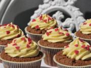 Schokolade Cupcakes mit Mangocreme - Rezept