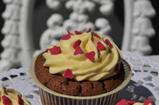 Schokolade Cupcakes mit Mangocreme - Rezept - Bild Nr. 6