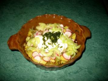 Salat - Kartoffelsalat mit Gurke und Radieschen - Rezept