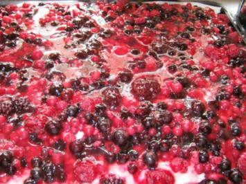 Beerenkuchen vom Blech. - Rezept
