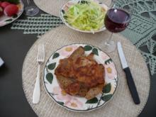 Zum Abendbrot : Kotelett auf Brot mit Salat und ´nem Gläschen Roten - Rezept