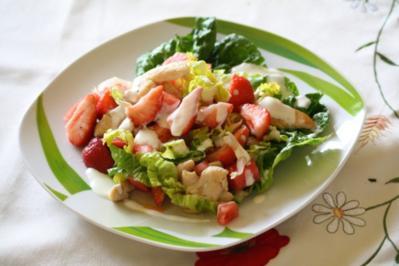 Melonen-Erdbeer-Salat mit Putenfleisch - Rezept