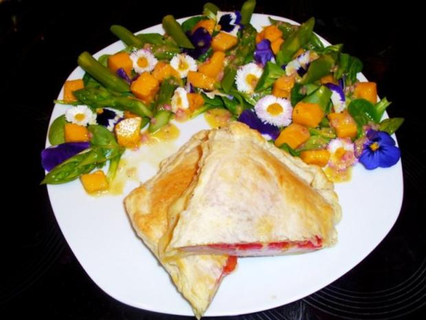 Salat: Frühlings-Blüten-Salat - Rezept