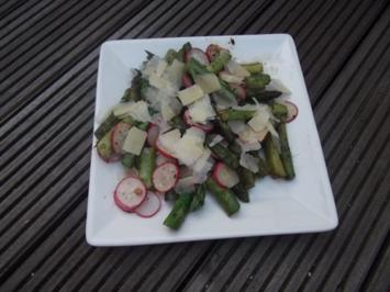 Grüner Spargel-Salat mit Radieschen - Rezept