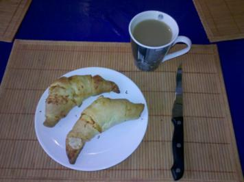 Frühstück: Ajvar- und Sambal Oelek-Croissants - Rezept