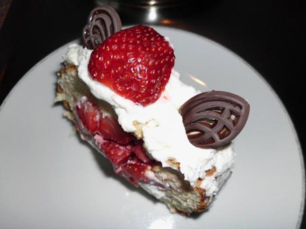 Erdbeer-Rolle - Rezept - Bild Nr. 2