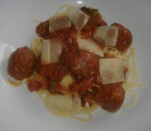 Spaghetti mit Fleischbällchen - Rezept
