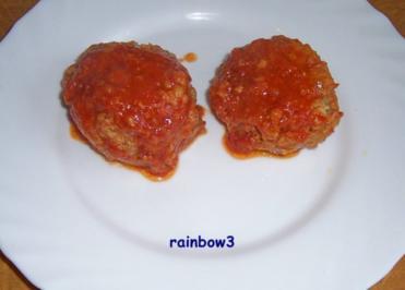 Kochen: Kartoffel-Hackfleisch-Bälle mit Überraschung plus Tomatensauce - Rezept