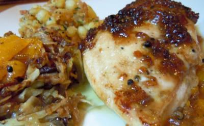 Pfeffrig-fruchtige Hähnchenbrust, gebratener Fenchel und Rosmarin-Kartoffelwürfel - Rezept