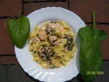 Pasta mit Lachs und Spinat - Rezept