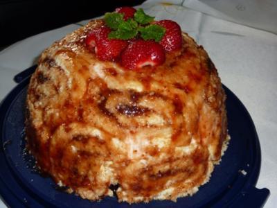 Torten: Erdbeer-Charlotte - Rezept