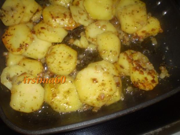 Schmorkartoffeln mit Ei und Gurkensalat - Rezept - Bild Nr. 5